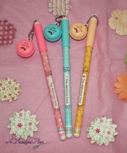 macaron pen bunch sml