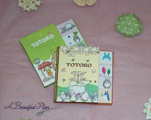 totoro stickes together sml